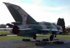 Mikoyan Gurevich MiG-21bis 107