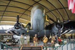 Douglas C-47B Skytrain 315159 Z-D8 USAAF, Musée Airborne Sainte-Mère-Église, France