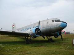 Lisunov Li-2T