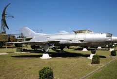 Mikoyan Gurevich MiG-19PM 027 Hungarian Air Force, Pinter Muvek Military Museum