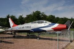 North American F-100F Super Sabre 'USAF' 'NINE' 'Thunderbirds' Musee Chateau Savigny-lès-Beaune