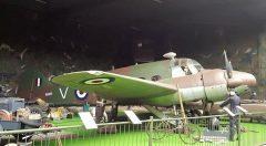 Avro C19 Anson K6285 V RAF, Museum 1940 - 1945, Grootegast