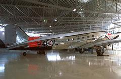 Douglas C-47A Dakota 42-93797/BW-L