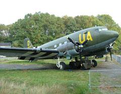 Douglas C-53C Skytrooper 290321/UA-D/N32MS