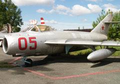 Mikoyan Gurevich MiG-17 05