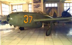 Yakolev Yak-15 37