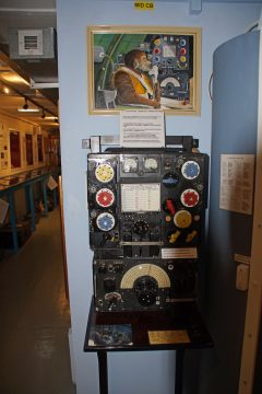 Lancaster Main Radio Transmitter Type T1154 and Receiver Type R1155, Tangmere Military Aviation Museum