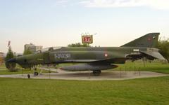 MCD Douglas RF-4E Phantom 1-7465