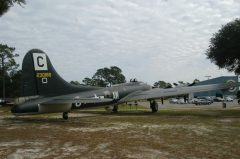 Boeing B-17G Flying Fortress 44-6106 X US Army Air Force, picture Air Force Armament Museum