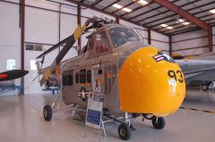 Sikorsky UH-19D Chickasaw N37788 57-5937 USAF, Valiant Air Command Warbird Museum, Titusville, FL