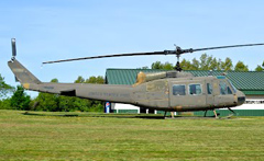 Bell UH-1H Iroquois 74-22453 Stars and Stripes Museum/Library