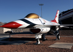 General Dynamics F-16A Fighting Falcon Thunderbirds 1