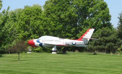 Republic F-84F Thunderstreak 52-6468 USAF, Air Zoo Aerospace & Science Museum