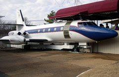"Lockheed JetStar ""Hound Dog 2"" N777EP Graceland"