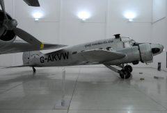 Avro Anson C.19 G-AKVW Gulf Aviation Co. Ltd.  Al Mahatta Museum متحف المحطة