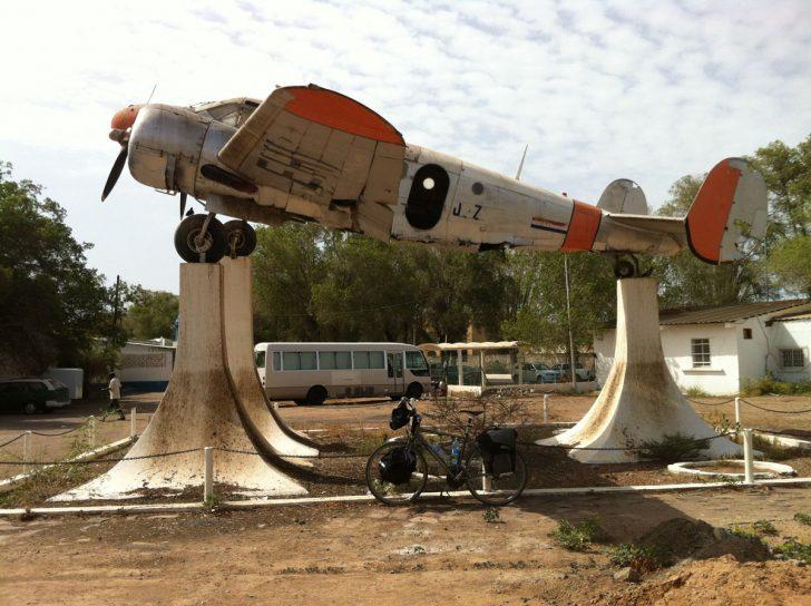 Beech D18S F-BEHI, Beech D18S Djibouti Ambouli IAP