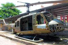 Bell UH-1H Iroquois Cuchi War Museum Bảo tàng Củ Chi