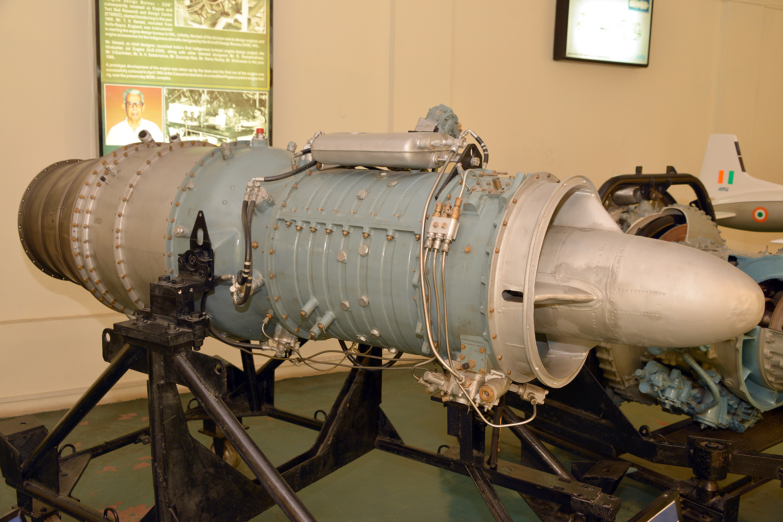 HJE-2500 India's first turbojet engine - Aviationmuseum