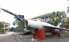 Mikoyan Gurevich MiG-17F,   Museum of Military Zone 3 Bao tàng Quân Khu 3