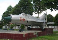Mikoyan Gurevich MiG-21PFM 6144 Bảo tàng Đồng Nai