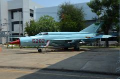 Mikoyan Gurevich MiG-21bis 5202 Vietnam Air Force, Royal Thai Air Force Museum Les Spearman (2)