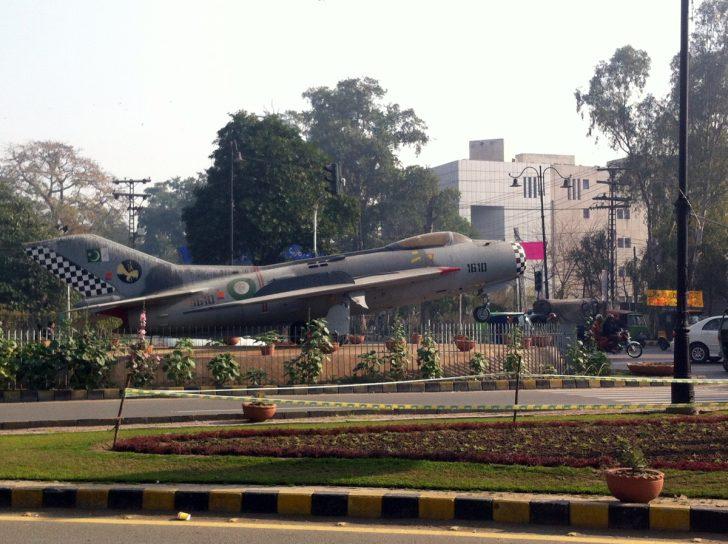 Shenyang J-6 1610 Pakistan Air Force, China Chowk, Lahore Pakistan