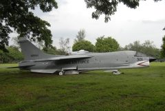 Vought F-8H Crusader 48661/301 Philippine Air Force