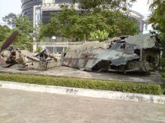 Wreck of a McDonnell Douglas F-4 Phantom and a propeller of a Douglas A-1D Skyraider. Ho Chi Minh Campaign Museum Bảo Tàng Chiến Dịch Hồ Chí Minh
