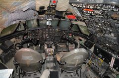 de Havilland DH.106 Comet G-AMXA B.O.A.C. cockpit,  Al Mahatta Museum متحف المحطة