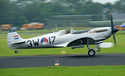 Suprmarine Spitfire Mk.IX PH-OUQ 3W-17 SKHV Royal Netherlands Air Force