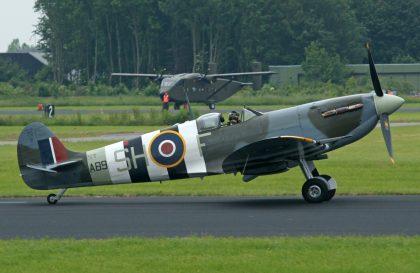 Supermarine Spitfire Mk.Vb AB910 SH-F BoBMF Royal Air Force