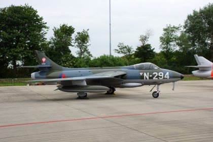 Hawker Hunter F.6A G-KAXF N-294 DHHF