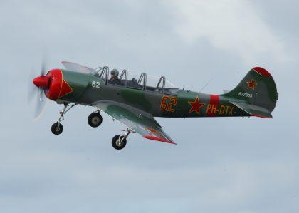 Yakovlev (Bacau) Yak-52 PH-DTX 877803 62 DOSAAF (Yak Formation)