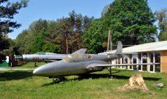 Mikoyan Gurevich MiG-21PF and PZL TS-11 Iskra, Muzeum Motoryzacji w Nieborowie