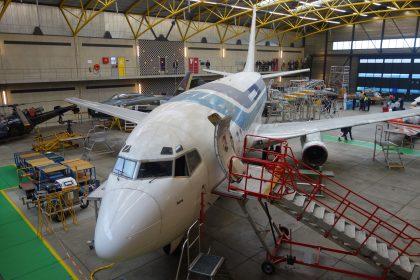 Boeing 737-287 LV-LEB ex Aerolíneas Argentinas as PH-ROC, ROC van Amsterdam – MBO College Airport