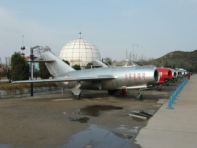 MiG 15 (航空機)の画像 p1_12