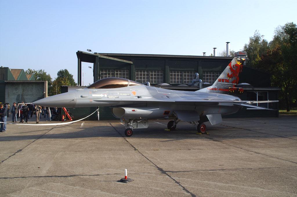 Fa 16 General Dynamics F 16am Fighting Falcon Kb Air Museum